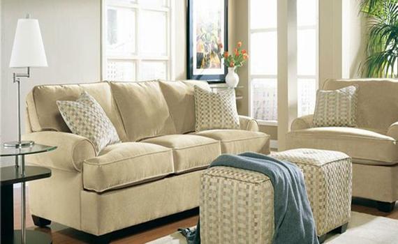 Почистване на Мека Мебел текстил