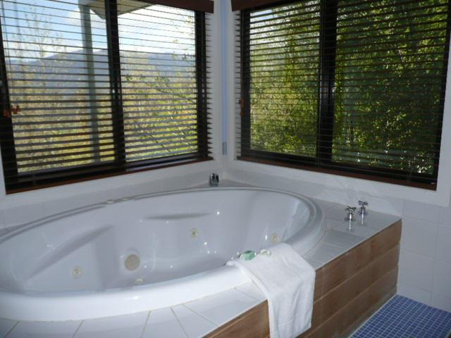 Почистване на вани в Бургас